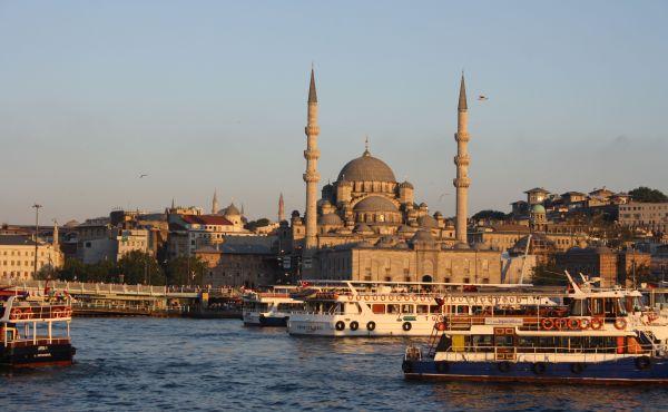 Schiffsfahrt auf dem Bosporus