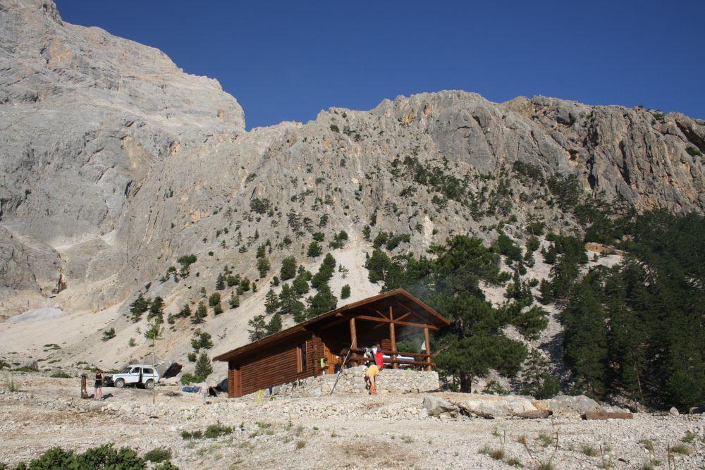 Hütte der Nationalpark-Verwaltung im Soğuk Pınar Camp (1688 m)